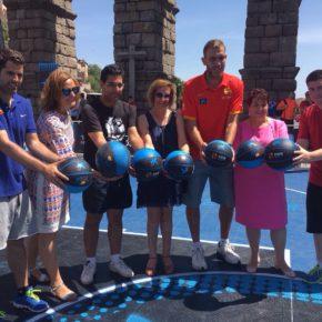 Ciudadanos ha asistido al inicio del torneo 3x3 de Basket que tiene lugar a los pies del Acueducto